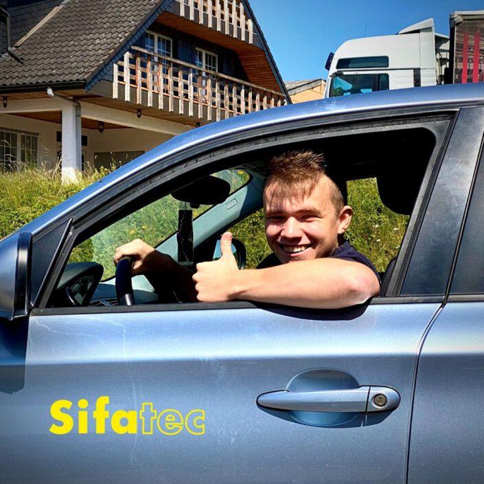 Herzlichen Glückwunsch zum Führerschein - Team Sifatec